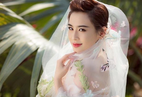 被黄圣依的婚纱照美哭,和杨子结婚10年甜蜜如初