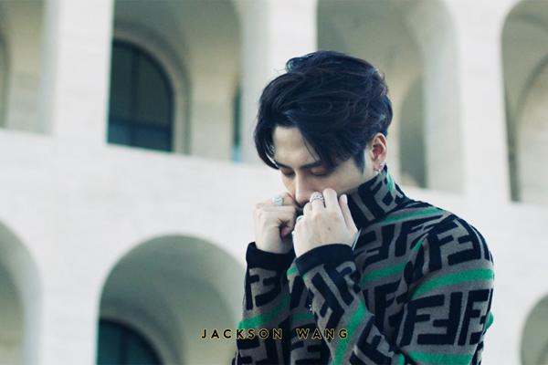 王嘉尔全新单曲《Fendiman》  音乐与时尚完美登场,引领潮流最前沿!