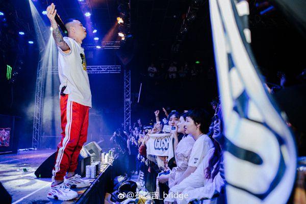 """GAI周延助阵布瑞吉BRIDGE演唱会 爆裂说唱点燃""""新大陆"""""""